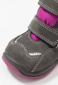 Primigi - Zimní obuv - grig/magenta - 2
