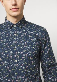 Lindbergh - FLORAL - Shirt - dark blue - 5