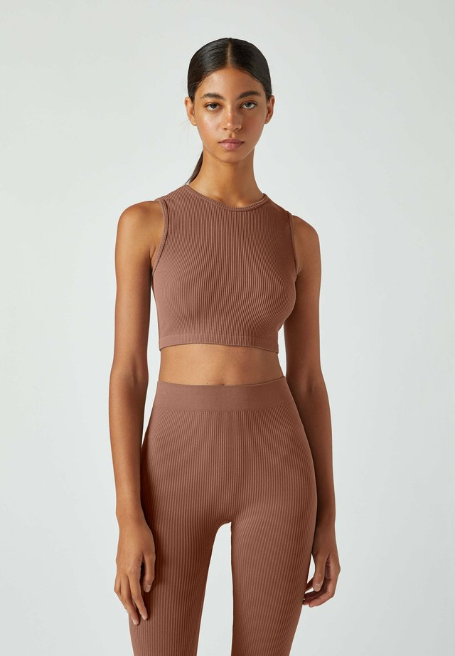 Top - dark brown