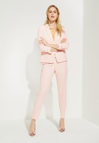 comma - Trousers - powder rose - 1