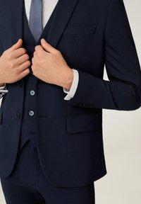 Mango - BRASILIA - Suit jacket - marineblauw - 4