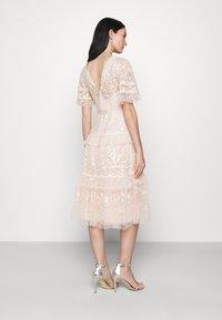 Needle & Thread - FRANCINE DRESS - Occasion wear - strawberry icing - 2