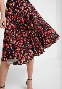 Closet - PLEATED SKIRT DRESS - Vestito elegante - red - 5