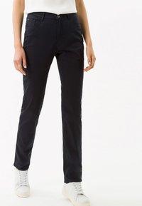 BRAX - STYLE MARY - Pantalon classique - perma blue - 0
