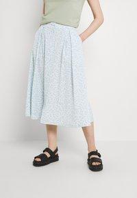 Monki - SIGRID BUTTON SKIRT - A-line skirt - blue dusty light - 1