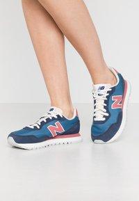 New Balance - WL527 - Trainers - blue - 0