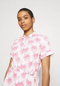 Fabienne Chapot - BOYFRIEND CARA DRESS - Shirt dress - white/pink - 3