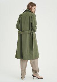 InWear - YUMA - Trenchcoat - beetle green - 2