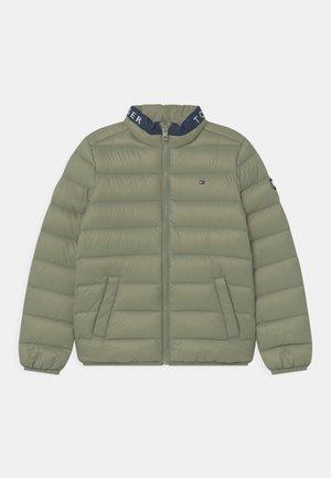 LIGHT UNISEX - Down jacket - spring olive