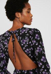 Fashion Union - MALIAN - Denní šaty - purple - 4