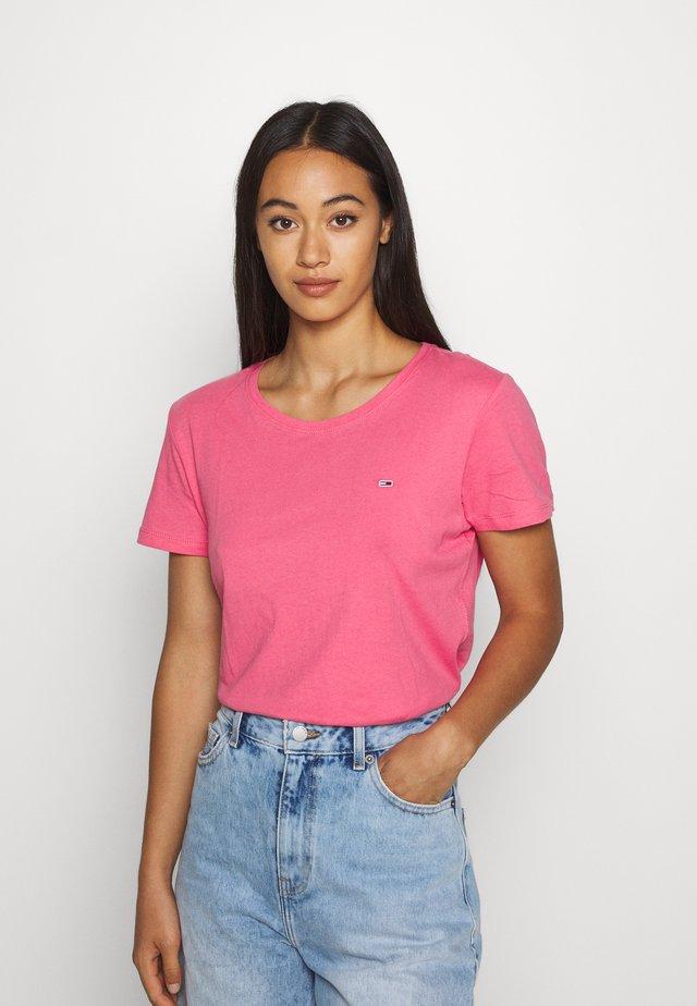 SOFT TEE - Jednoduché triko - glamour pink
