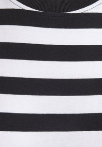 Even&Odd - Vestito di maglina - black/white - 6