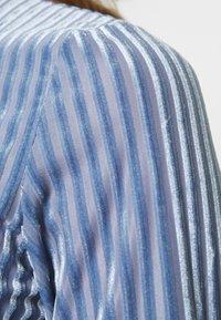 Monki - PIRA - Long sleeved top - blue - 5
