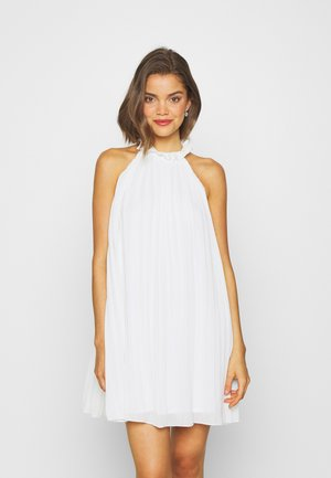 HIGH NECK PLEATED MINI DRESS - Vestido de cóctel - white