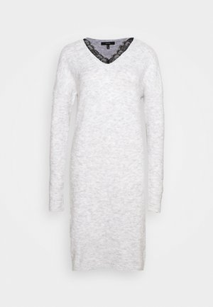 VMIVA V NECK DRESS TALL - Pletené šaty - light grey
