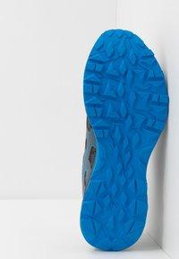 ASICS - GEL-SONOMA 5 - Trail running shoes - metropolis/black - 4