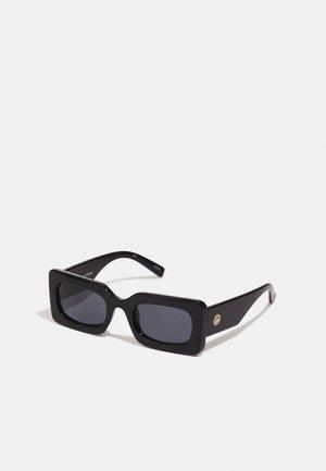 OH DAMN! - Sunglasses - black