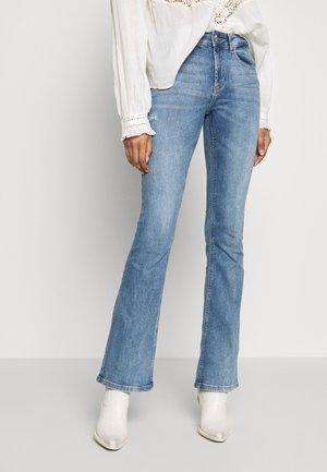 ONLBLUSH MID FLARED  - Flared Jeans - light blue denim