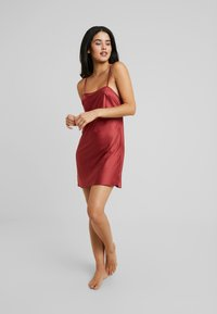 LingaDore - DAILY - Nightie - barn red