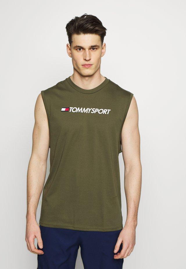 TANK LOGO - Funkční triko - khaki