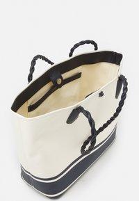 Lauren Ralph Lauren - PRINTED - Tote bag - natural - 3