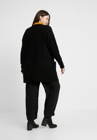 CAPSULE by Simply Be - ELEVATED ESSENTIALS  - Cardigan - black - 2