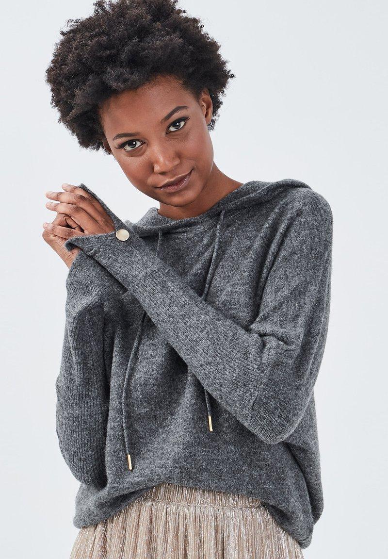 BONOBO Jeans Kapuzenpullover - gris foncé/dunkelgrau AjHfkL