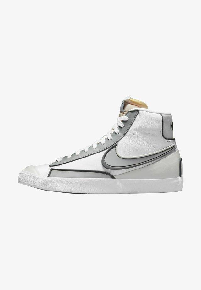 BLAZER MID '77 INFINITE - Sneakers alte - white/smoke grey-iron grey-grey fog-white-black