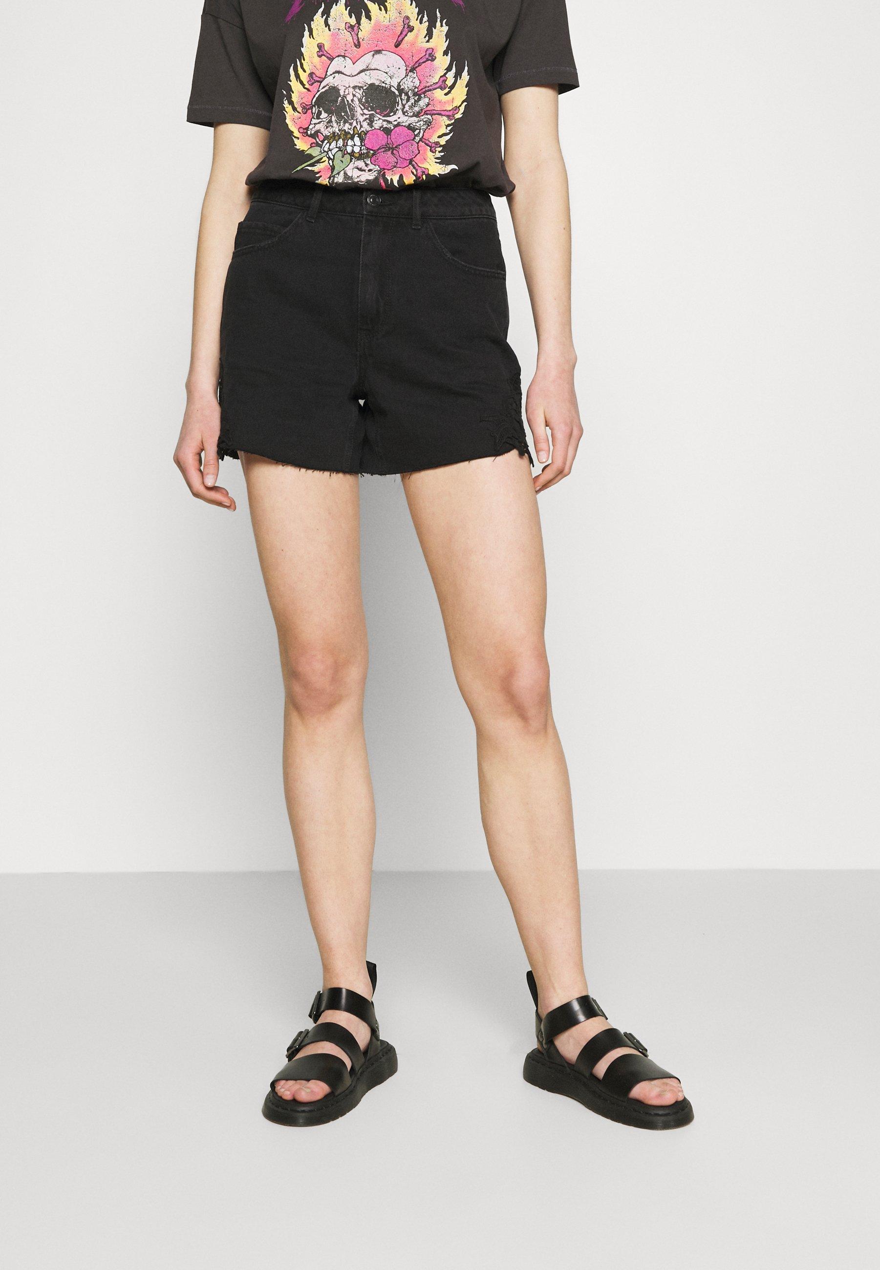 Women VMNINETEEN CROCHET - Denim shorts