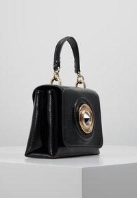 Versace Jeans Couture - Skuldertasker - black - 3