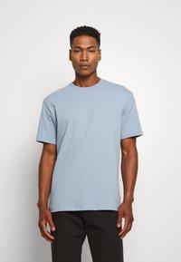 Topman - 3 PACK - Basic T-shirt - black/grey/blue - 1