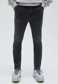 PULL&BEAR - Slim fit -farkut - dark grey - 0