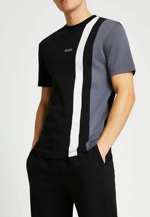 SLIM FIT - Print T-shirt - black