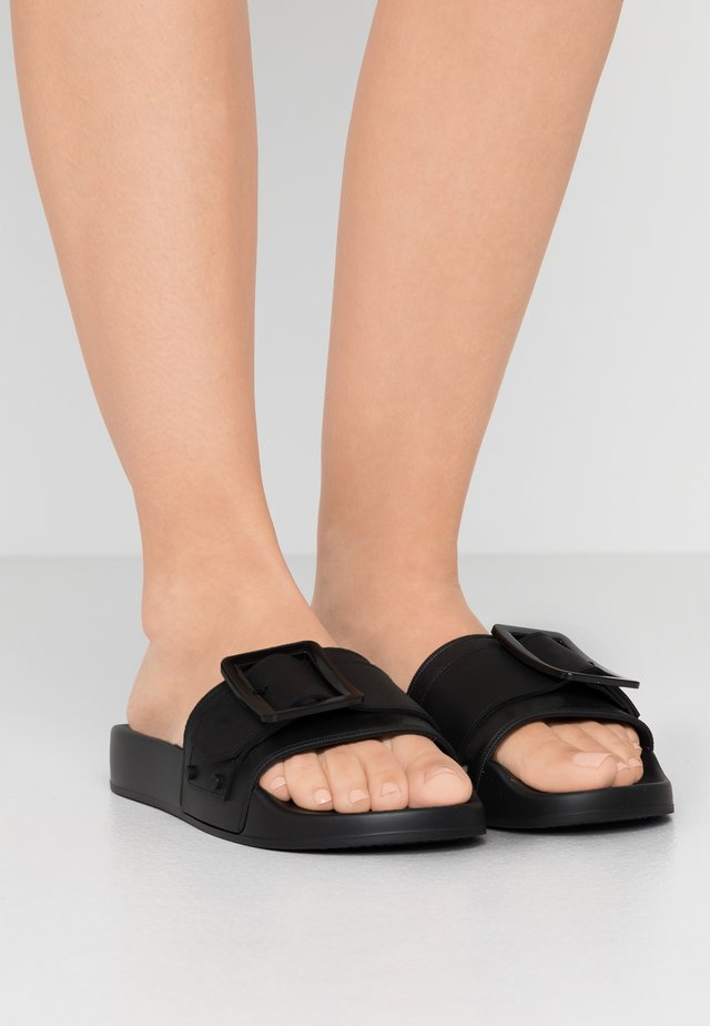 JELINE - Sandały kąpielowe - black
