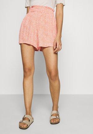 YASTIARA - Shorts - tigerlily