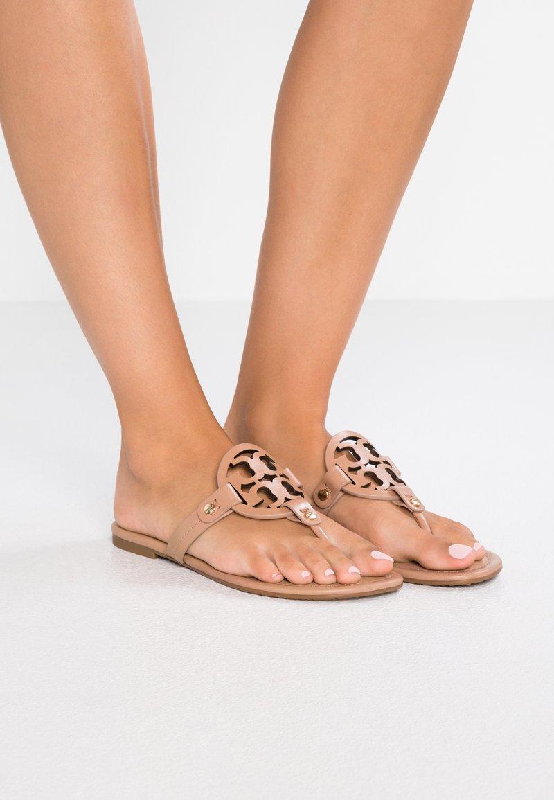 Tory Burch - MILLER - Sandály s odděleným palcem - light makeup