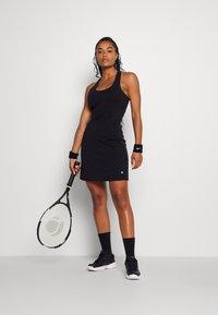 Sweaty Betty - POWER WORKOUT DRESS - Sukienka sportowa - black - 1