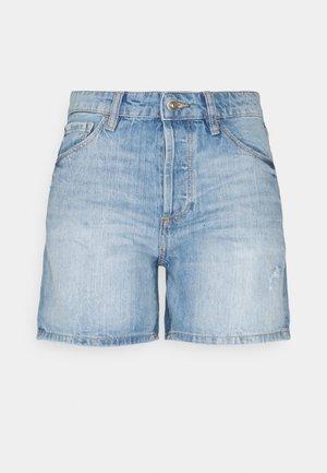 Denim shorts - blue light wash