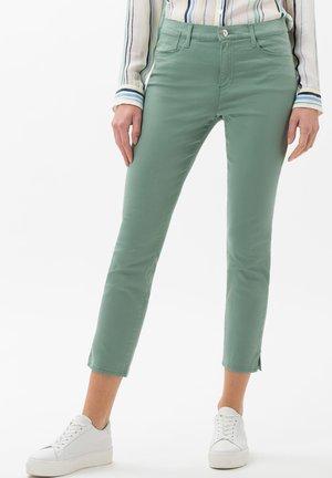 STYLE SHAKIRA  - Jeans Skinny - sage