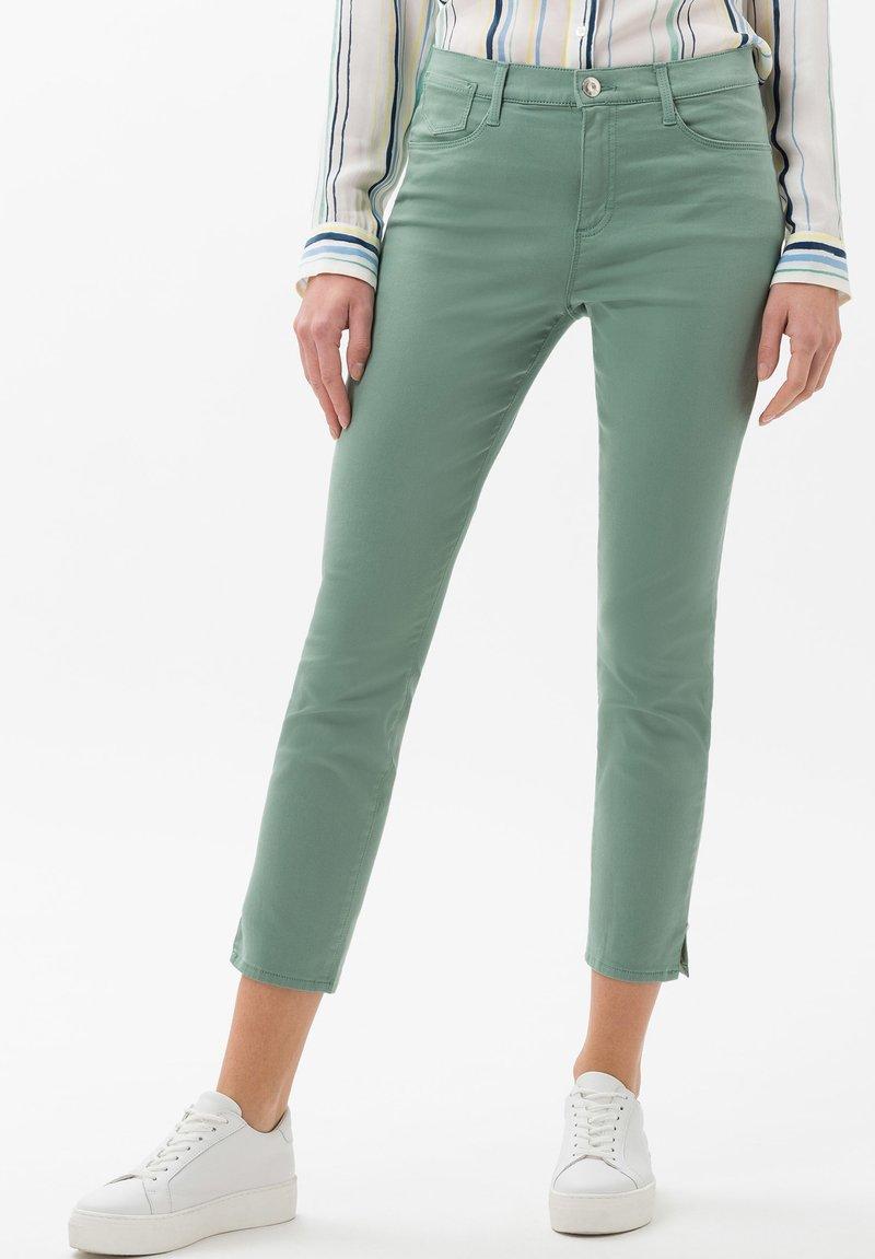BRAX - STYLE SHAKIRA  - Jeans Skinny Fit - sage