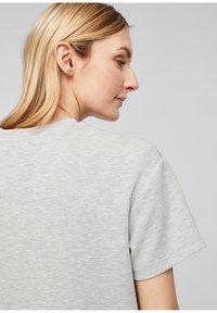 s.Oliver - T-shirt imprimé - gray - 5