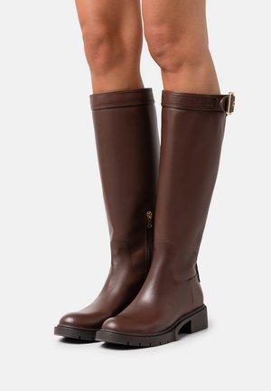 LEIGH BOOT - Boots - walnut