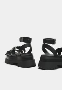Bershka - Platform sandals - black - 4