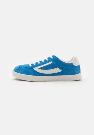 RETRO TRIM UNISEX - Sports shoes - royal