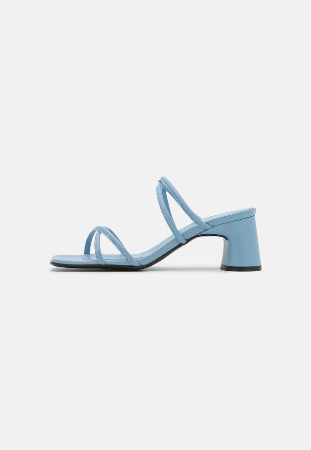 ARENA ARTIK  - Heeled mules - blue