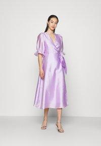 Gina Tricot - MILLY WRAP DRESS - Juhlamekko - light purple - 0
