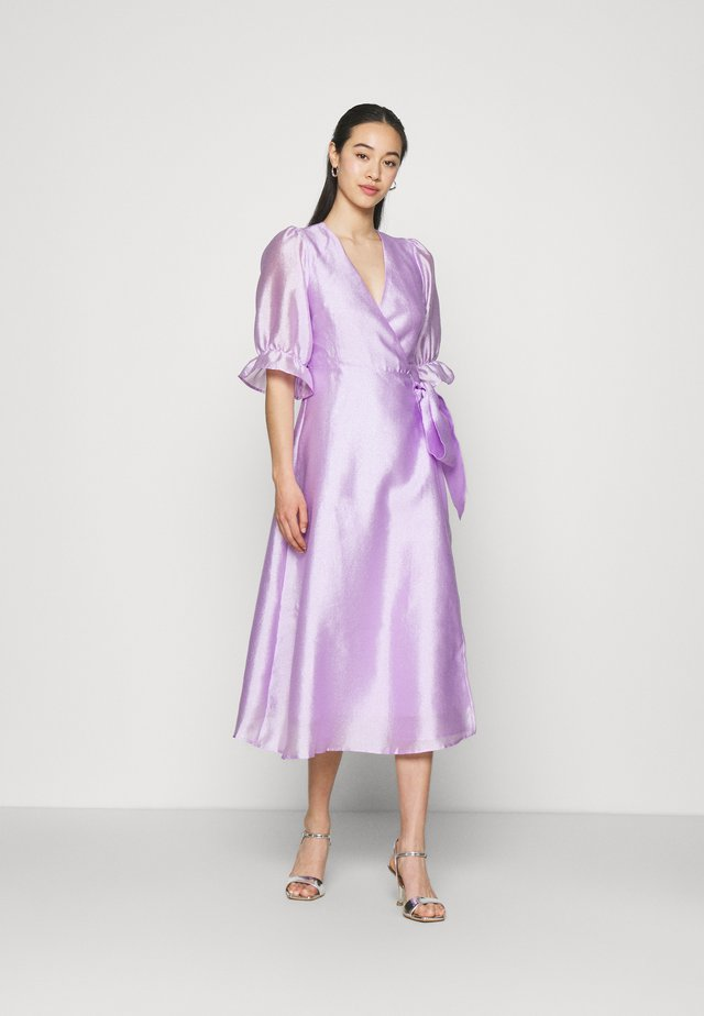 MILLY WRAP DRESS - Cocktailjurk - light purple