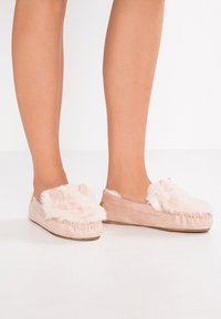 flip*flop - LOAFER MOUSE - Slippers - powder - 0