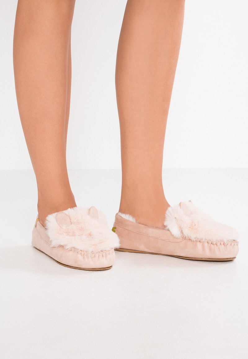 flip*flop - LOAFER MOUSE - Slippers - powder