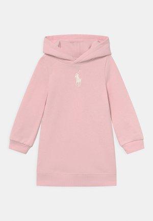 HOOD DRESS - Robe d'été - hint of pink